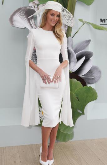 My absolute favourite. Jennifer Hawkins looking like a goddess. Those sleeves *dramatic sighs*. vogue.com